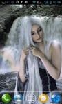 Girl in Waterfalls Live Wallpaper screenshot 2/3