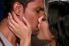 Sunny Leone Very Hot Videos screenshot 2/3
