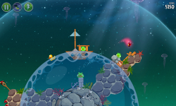 Angry Birds Space screenshot 3/5
