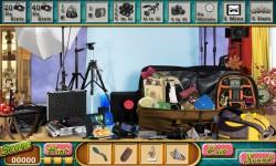 Free Hidden Object Games - Photo Studio screenshot 3/4